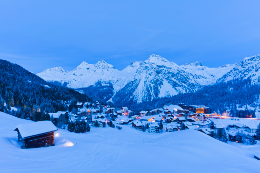 Ski Resort「Winter ski resort Arosa, Switzerland」:スマホ壁紙(15)