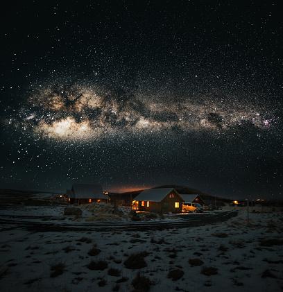 Frost「village in iceland under the milky way galaxy」:スマホ壁紙(8)