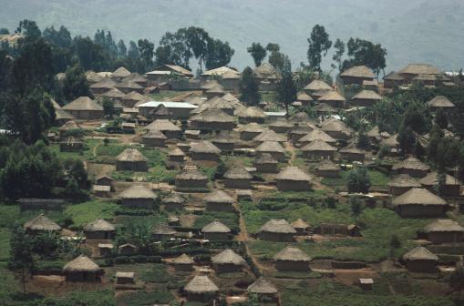 コンゴ民主共和国「Village in Zaire」:スマホ壁紙(15)