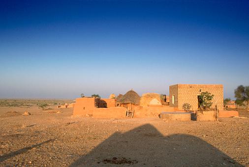 Rajasthan「Village in Thar Desert」:スマホ壁紙(12)