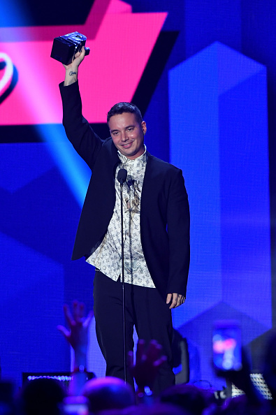 """Award「Univision's """"Premios Juventud"""" 2017 Celebrates The Hottest Musical Artists And Young Latinos Change-Makers - Show」:写真・画像(11)[壁紙.com]"""