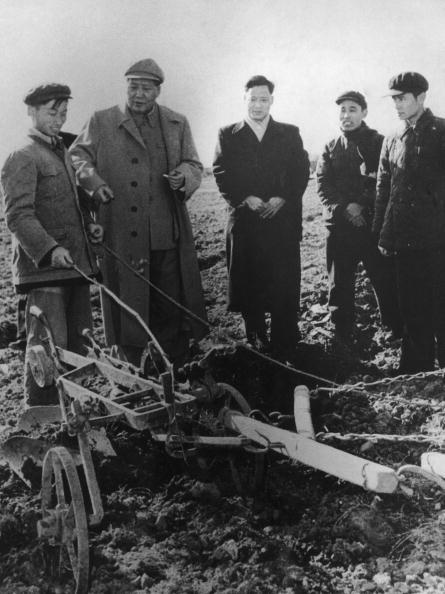 Agriculture「Mao Visits Farmers」:写真・画像(13)[壁紙.com]