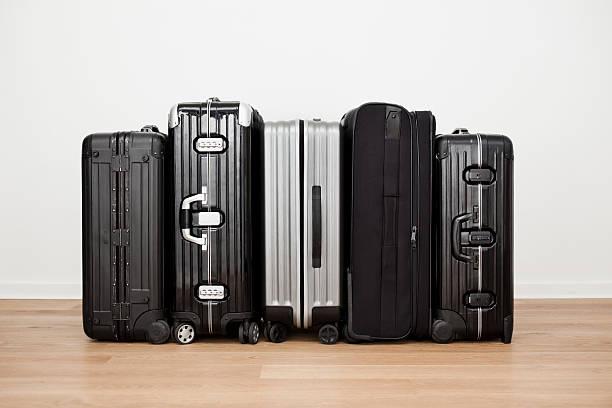 Suitcases:スマホ壁紙(壁紙.com)