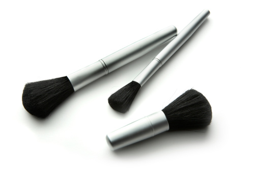 Sensuality「Cosmetics: Brushes」:スマホ壁紙(1)