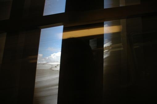 鉄道・列車「Series of images taken through a train window in Switzerland」:スマホ壁紙(12)
