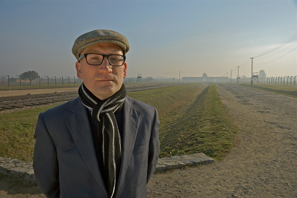 Outdoors「Historian Visits Auschwitz-Birkenau」:写真・画像(4)[壁紙.com]