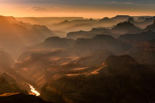 Geology「Grand Canyon south rim, Colorado River at sunset – Arizona, USA」:スマホ壁紙(12)