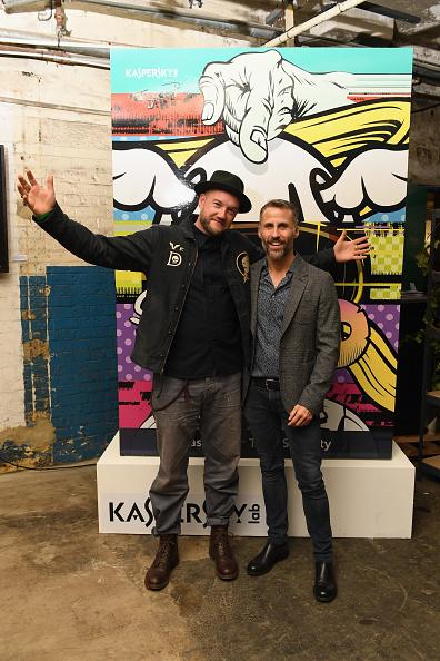 Ian Gavan「Kaspersky Lab Presents The 'Save The World' Art Car By D*Face At Moniker Art Fair」:写真・画像(10)[壁紙.com]