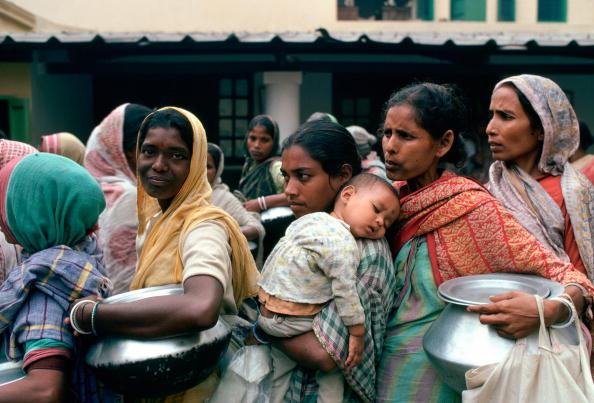 A Helping Hand「Mother Teresa's Mission, Calcutta」:写真・画像(5)[壁紙.com]