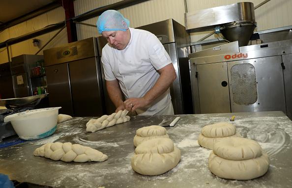 Loaf of Bread「UK In Sixth Week Of Coronavirus Lockdown」:写真・画像(5)[壁紙.com]