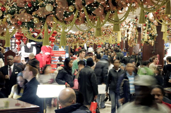Holiday - Event「Last-Minute Shoppers Hunt For Christmas Gifts」:写真・画像(10)[壁紙.com]