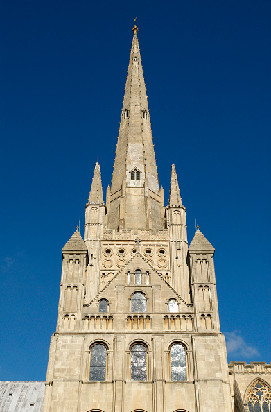Sunny「Norwich Cathedral's spire, UK」:写真・画像(2)[壁紙.com]