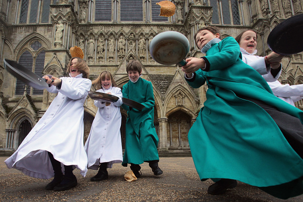 Salisbury Cathedral「Choristers At Salisbury Cathedral Mark Shrove Tuesday」:写真・画像(17)[壁紙.com]