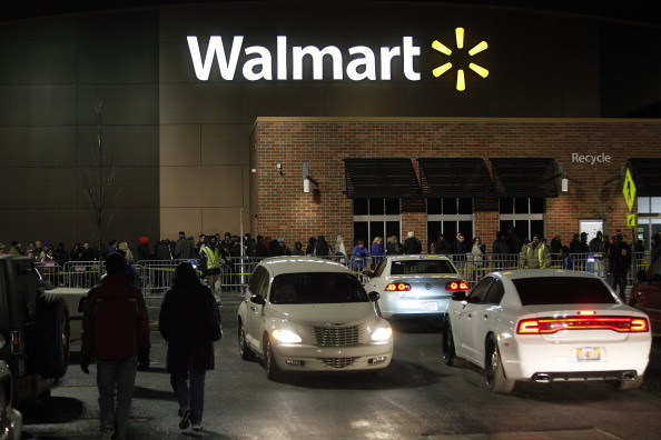 Wal-mart「Consumers Get Jump On Black Friday Deals By Shopping Thursday Evening」:写真・画像(13)[壁紙.com]