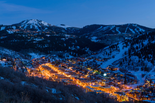 Cool Attitude「Dusk View of Park City Glowing」:スマホ壁紙(16)