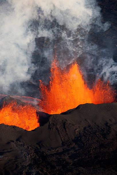 Bárdarbunga volcanic eruption, Iceland.:スマホ壁紙(壁紙.com)