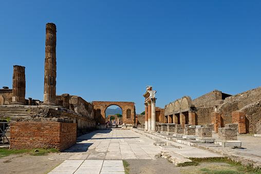 Archaeology「Italy, Campania, Pompeii, Forum」:スマホ壁紙(19)
