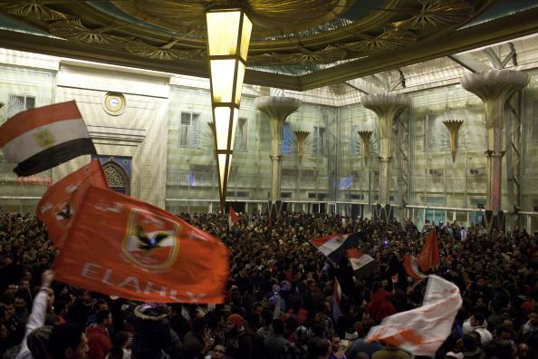Giles「Egypt Mourns Dead After Football Clash」:写真・画像(7)[壁紙.com]