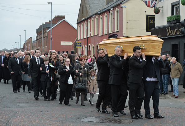 Booby Trap「Funeral Of Murdered Prison Officer Takes Place In Belfast」:写真・画像(2)[壁紙.com]