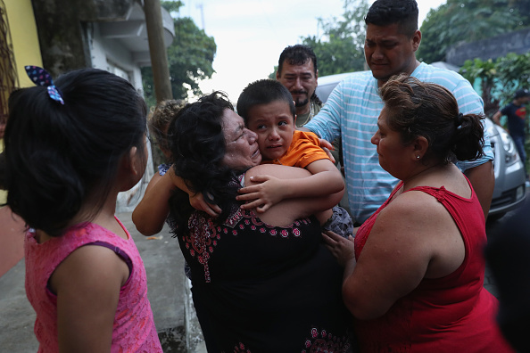 Family「Boy Separated from Mother By Zero Tolerance Border Policy Welcomed Home In Guatemala」:写真・画像(5)[壁紙.com]