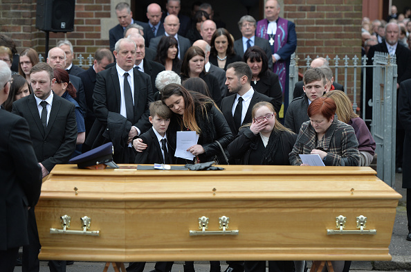 Methodist「Funeral Of Murdered Prison Officer Takes Place In Belfast」:写真・画像(11)[壁紙.com]