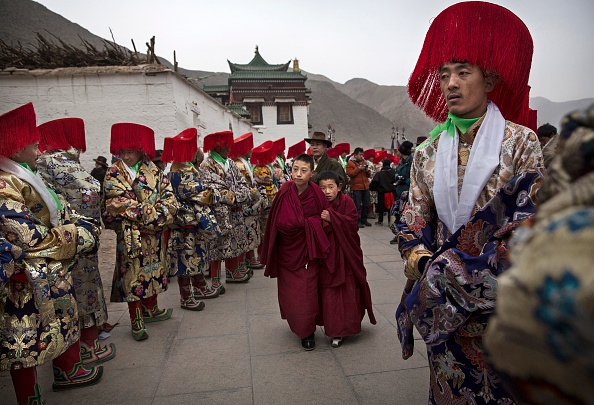 Yellow「Tibetan Buddhists Celebrate Religion And Culture at Great Prayer」:写真・画像(11)[壁紙.com]