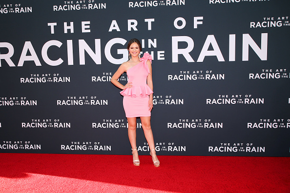 "Beige「Premiere Of 20th Century Fox's ""The Art Of Racing In The Rain"" - Arrivals」:写真・画像(13)[壁紙.com]"