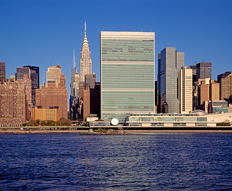 United Nations Building「UN Headquarters and Chrysler Building」:スマホ壁紙(10)