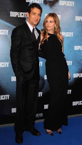 """Halter Top「""""Duplicity"""" Paris Premiere」:写真・画像(17)[壁紙.com]"""