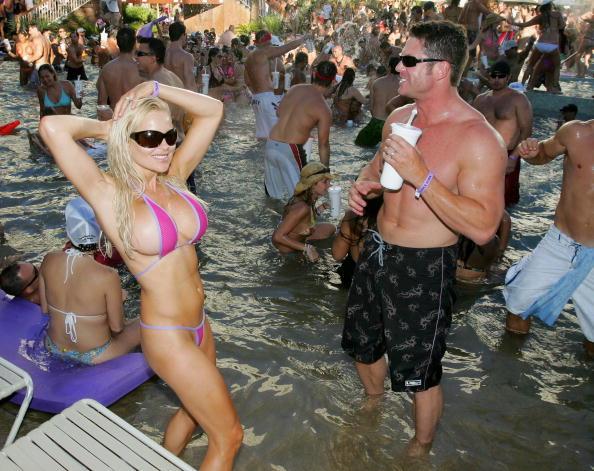 Swimming Pool「Rehab Sundays At The Hard Rock Hotel & Casino」:写真・画像(15)[壁紙.com]