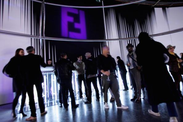 Guest「Fendi Party: Loris Cecchini, Empty Walls - Just Doors Exhibition」:写真・画像(11)[壁紙.com]