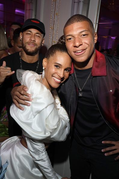 Neymar da Silva「Hotel Lutetia : Cindy Bruna's Birthday Party - Paris Fashion Week - Womenswear Spring Summer 2020」:写真・画像(7)[壁紙.com]