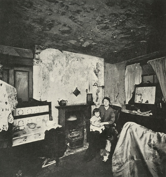 Slum「One-Roomed House For Five」:写真・画像(11)[壁紙.com]