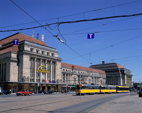 Cable Car「Streetcar and Railroad Station」:スマホ壁紙(11)