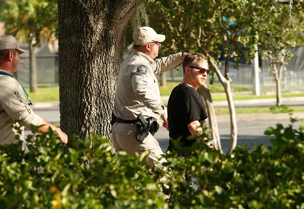 Patriotism「Tensions High As Alt-Right Activist Richard Spencer Visits U. Florida Campus」:写真・画像(2)[壁紙.com]