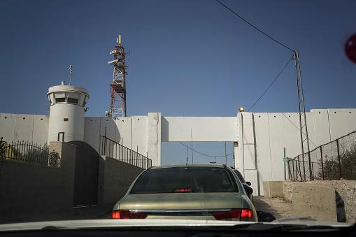 Bethlehem - West Bank「Palestine, West Bank, Bethlehem, border to Israel」:スマホ壁紙(18)