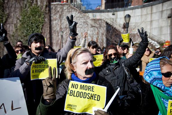 Michael Nagle「Iranian Protestors Hold Vigil To Mark Anniversary Of Iranian Revolution」:写真・画像(5)[壁紙.com]