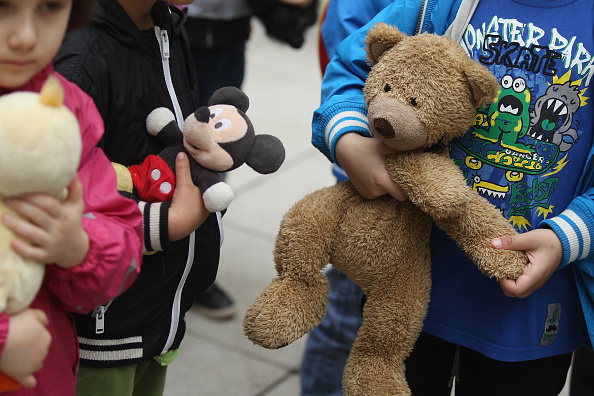 Stuffed「Charite Hospital Hosts Annual Teddy Bear Clinic」:写真・画像(18)[壁紙.com]