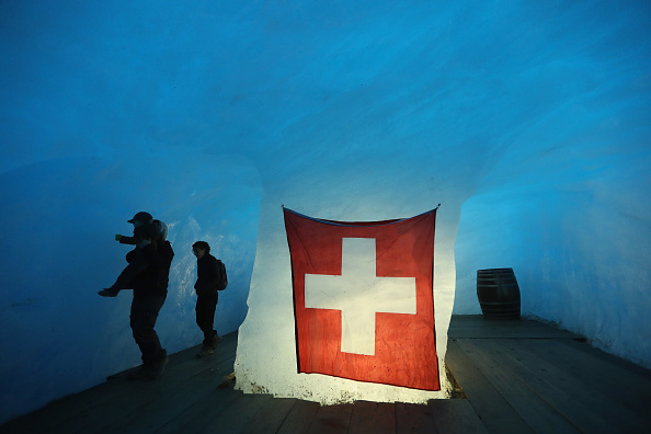 Greenhouse Gas「Europe's Melting Glaciers: Rhone」:写真・画像(14)[壁紙.com]