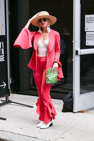 Achim Aaron Harding「Street Style - New York Fashion Week September 2018 - Day 3」:写真・画像(3)[壁紙.com]
