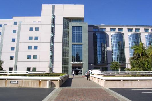 UCLA「UCLA Medical Center」:写真・画像(3)[壁紙.com]