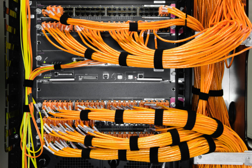 Cable「Detail of orange cables in a server room.」:スマホ壁紙(0)