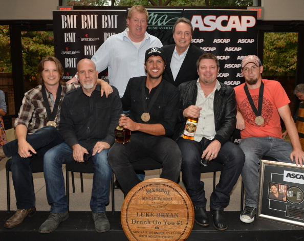 "In A Row「BMI # 1 Party For ""Drunk On You"" Performed By Luke Bryan」:写真・画像(12)[壁紙.com]"