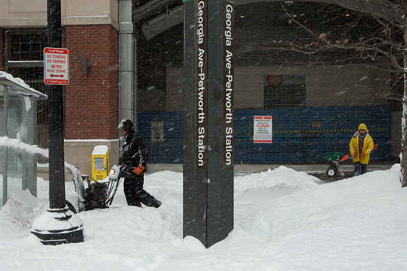 2016 Winter Storm Jonas「Huge Snow Storm Slams Into Mid Atlantic States」:写真・画像(6)[壁紙.com]