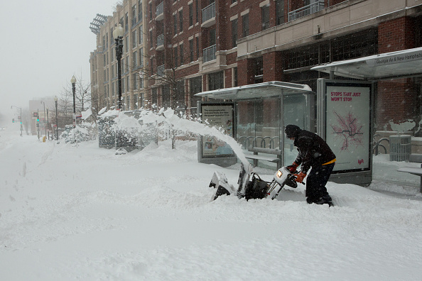 2016 Winter Storm Jonas「Huge Snow Storm Slams Into Mid Atlantic States」:写真・画像(4)[壁紙.com]