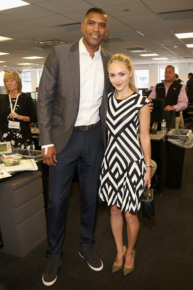 アナソフィア ロブ「Annual Charity Day Hosted By Cantor Fitzgerald And BGC - BGC Office - Inside」:写真・画像(11)[壁紙.com]