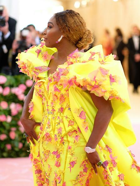 Yellow Dress「The 2019 Met Gala Celebrating Camp: Notes on Fashion - Arrivals」:写真・画像(6)[壁紙.com]