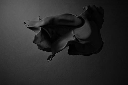 Silk「Black silk」:スマホ壁紙(10)