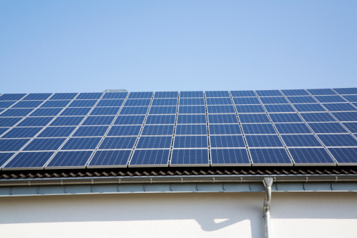 Solar Energy「Germany, Cologne, Solar cells on roof」:スマホ壁紙(5)