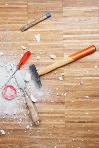 Chisel「Germany, Cologne, Work tools on oak floor」:スマホ壁紙(19)